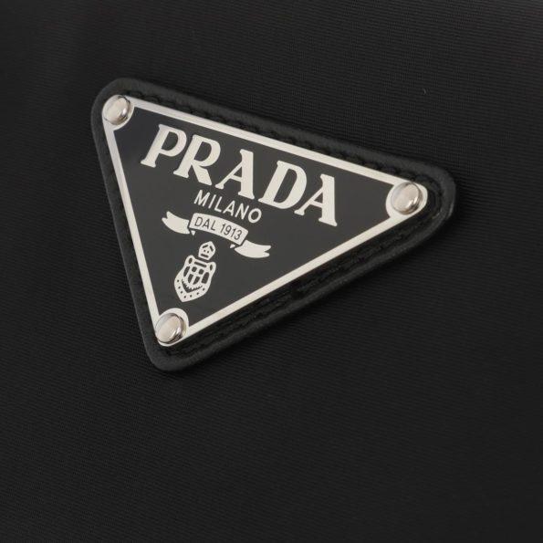 Prada-Umhaengetasche-Padded-Nylon-Clutch-Medium-Black-in-schwarz-fuer-Damen-27439371099-1