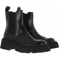 Balenciaga Boots & Stiefeletten - Tractor Booties Calfskin - in schwarz - für Damen