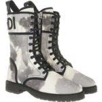Fendi Boots & Stiefeletten – Floral Biker Boots Canvas – in grau – für Damen